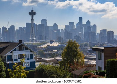 Seattle city skyline and Space Needle viewed from Queen Anne District near Kerry Park. Seattle, Washington, USA North America 20 September 2017