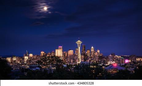 Seattle skyline at dusk, Washington, USA
