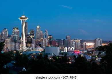 Seattle skyline at night from Kerry Park