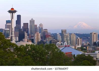 Seattle skyline at sunset and Mt.Rainier.