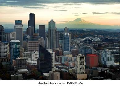 Seattle Skyline View with Mount Ranier in background