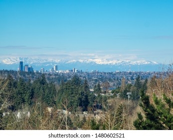 Seattle skyline view on sunny March day.