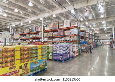 SEATTLE, WA, US-JUL 28, 2015:Customer shopping for supplements and multivitamin at Costco Wholesale big-boxes store. The largest membership-only warehouse club in USA with total of 705 warehouses