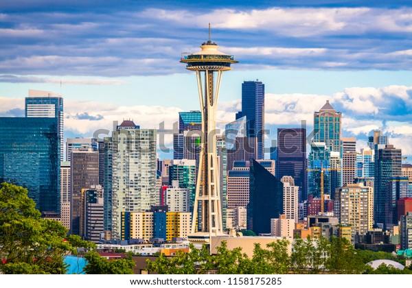 Seattle, Washington, USA downtown skyline.