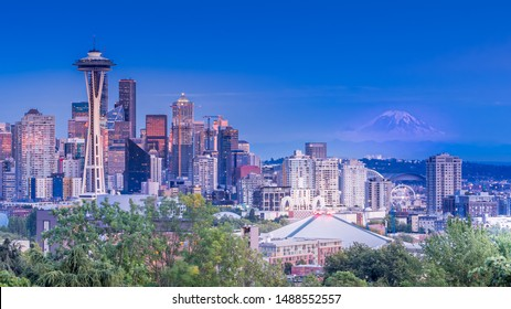 Seattle's cityscape from Kerry Park during blue hour. Space Needle in the front and Mt Rainier in the background