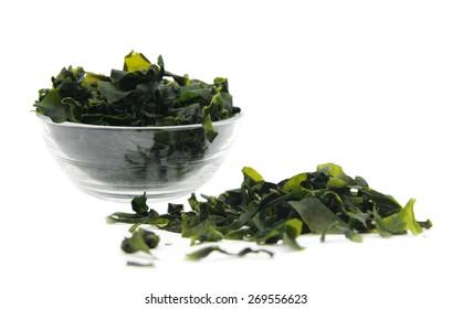Seaweed wakame ( lat. Undaria pinnatifida), shallow DOF.