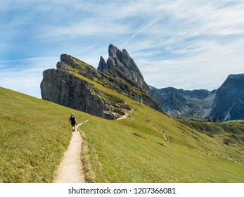 Seceda trail in the summer time