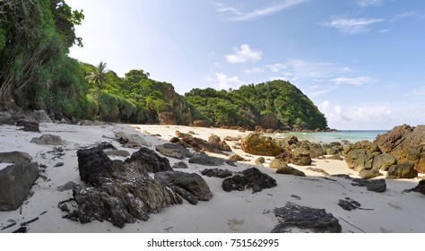 Secluded beach on the western side of Koh Kradan in the Andaman Sea