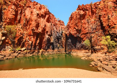 Secret pool of water in the Pilbara, Western Australia