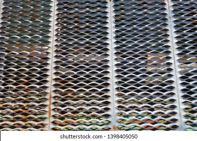 section of perforated expanded anti skid steel deck plates