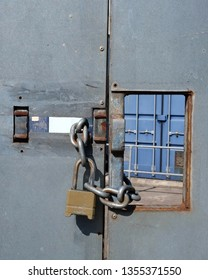 Secure locked gate with chain