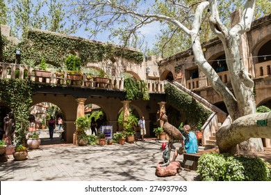 Sedona, Arizona - April 12 : Outdoor architecture at the Tlaquepaque Arts & Crafts Village , April 12 2015 in Sedona, Arizona.