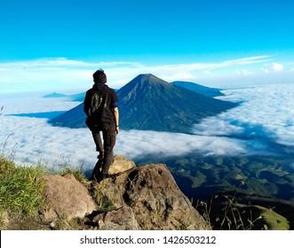 imagenes fotos de stock y vectores sobre hiking outdoors