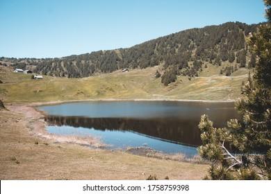 seealpsee lake switzerland mountains swissalps alps swiss