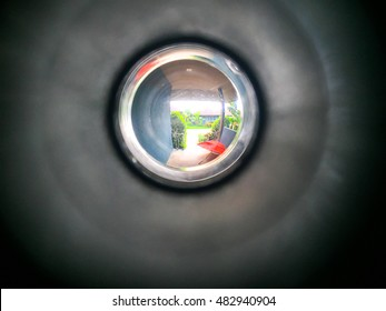 See-through the peephole of door for security