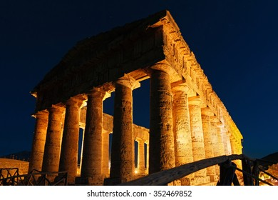 Segesta is 1 of the most important cities in Sicily known as descendant of the Trojans Outside the walls there are 2 important sacred places the Doric Temple & the Sanctuary of Contrada Mango