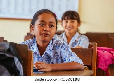 Sekretariat Bebek Lingsir, Indonesia - September 4 2014: Balinese school children attending class in Bali, Indonesia