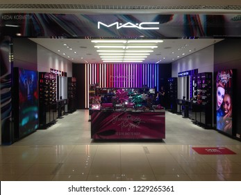 SELANGO, MALAYSIA - NOVEMNBER 13, 2018: View of MAC Cosmetics Store in shopping mall. MAC Cosmetics was founded in Canada in 1984 and became part of the Estée Lauder Companies in 1998.