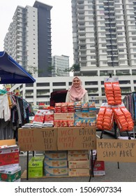 SELANGOR, MALAYSIA, MAY 3 2019: Car boot sales. The atmosphere at the car boot sale runs every weekend, Saturday and Sunday. Various types of sales are traded whether or not the goods are used.