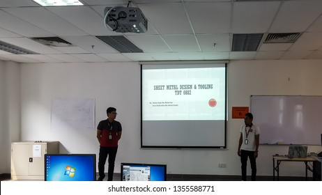 SELANGOR,MALAYSIA - MARCH 4, 2019: Unidentified group of students are presenting their assignment infront of others in a classroom
