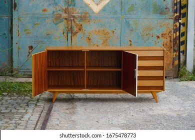 Selected pieces of Czech home design from half a century - mid-century furniture, industrial design items and old gymnastics equipment