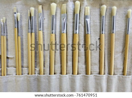 Clean Art Paint Brush