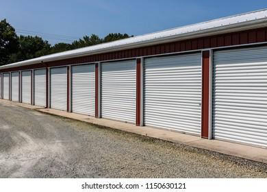 Self storage and mini storage garage units