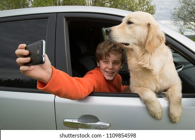 Selfies with a dog in the car