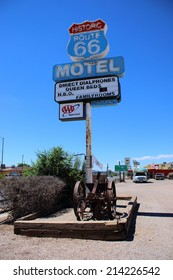 SELIGMAN, ARIZONA - AUGUST 16, 2014: Motel sign on Historic Route 66 on  August 16, 2014 in Seligman, AZ. The town of Seligman retains all the flavor of the  historic Route 66.