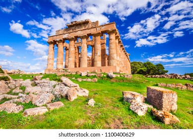 Selinunte, Sicily.  Temple of Hera, ancient Greek ruins in Italy, Doric architecture.