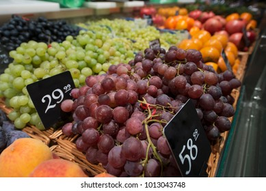selling grapes in the store