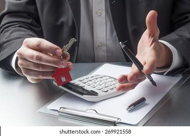Verkauf oder Vermietung von Immobilien