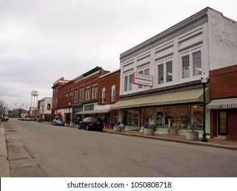 SELMA, NC - FEBRUARY 26, 2018: A block of N. Raiford St. in Selma, North Carolina, with antique shops, boutiques and other businesses.