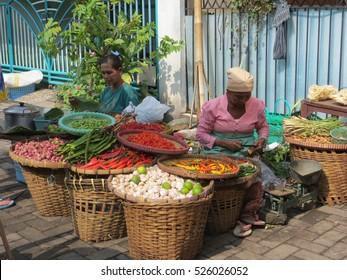 SEMARANG, INDONESIA - Circa March, 2014: Pasar Gang Baru, Semarang