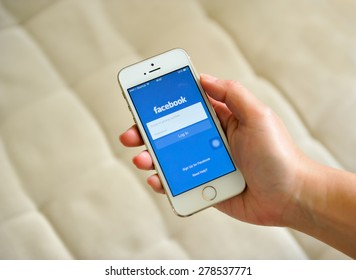 SEMBAWANG, SINGAPORE - MAY 17, 2015: Social media are trending and both business as consumer are using it for information sharing and networking.