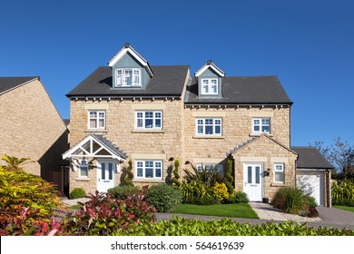 Semi detached house with beautiful front garden
