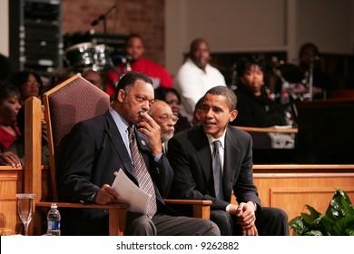 Senator Obama consults with Rev. Jesse Jackson Sr.