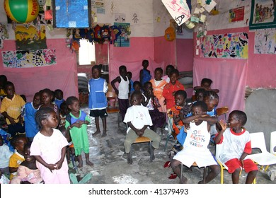 SENEGAL - FEBRUARY 19: Child Carabane Island have a school with the help of French NGOs and donations from tourists on February 19, 2007 in Carabane, Casamance, Senegal.