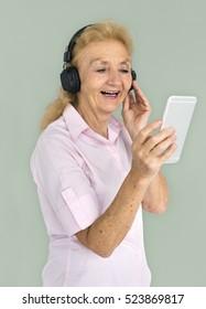 Senior Adult Use Mobile Headphone Concept