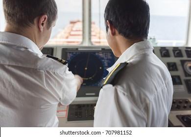 Senior Navigation Officer Training a Junior Officer