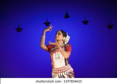 A senior Odissi dancer looks at a swan at the Divyashetram event on October 3,2018 in Bengaluru,India