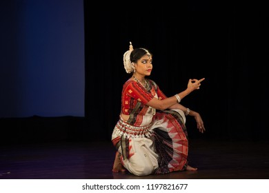 A senior Odissi dancer points at the child at the Divyashetram event on October 3,2018 in Bengaluru,India