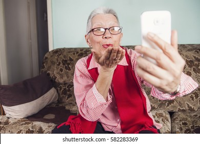 Old Woman Skype Images, Stock Photos & Vectors | Shutterstock