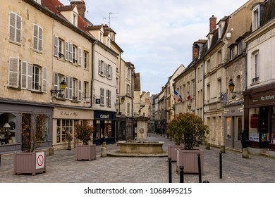 SENLIS, FRANCE - APRIL 1, 2018: Fountain in the centre of Senlis, Medieval town in the Oise department,  France