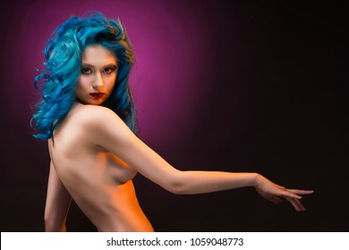 Nude girls dyed hair pics #10