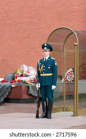 Sentry on WWII warriors memorial guard-post. Kremlin. Moscow. Russia.