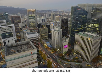 SEOUL - CIRCA NOVEMBER 2014.  As in many other major global city centers, Seoul has its urban congestion and pollution problems as a view into the heart of Seoul demonstrates.