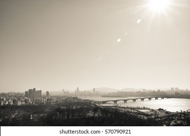 Seoul city river and city view