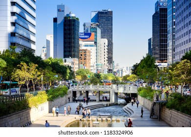 SEOUL, KOREA - OCTOBER 5, 2015 : Cheonggyecheon canal, Popular tourist attractions walking tours canal with a long history of this.