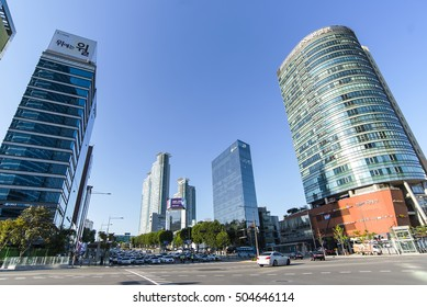 SEOUL - OCT 03: Modern part of Seoul Gangnam on October 03. 2016 in South Korea